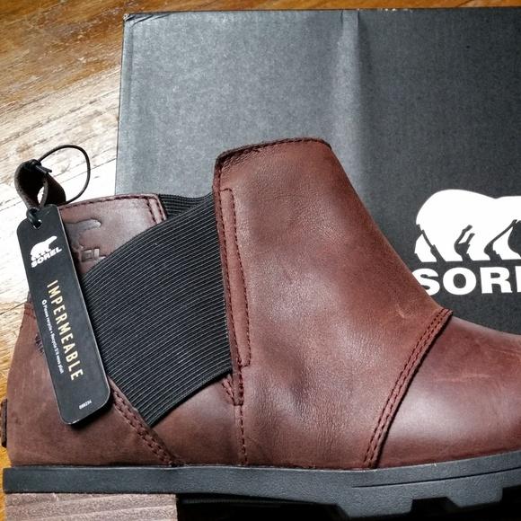 59c5774273a4 Sorel Emelie Chelsea Waterproof Boots NWT